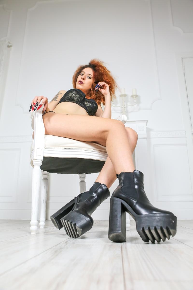 Ladydemonique scarpe